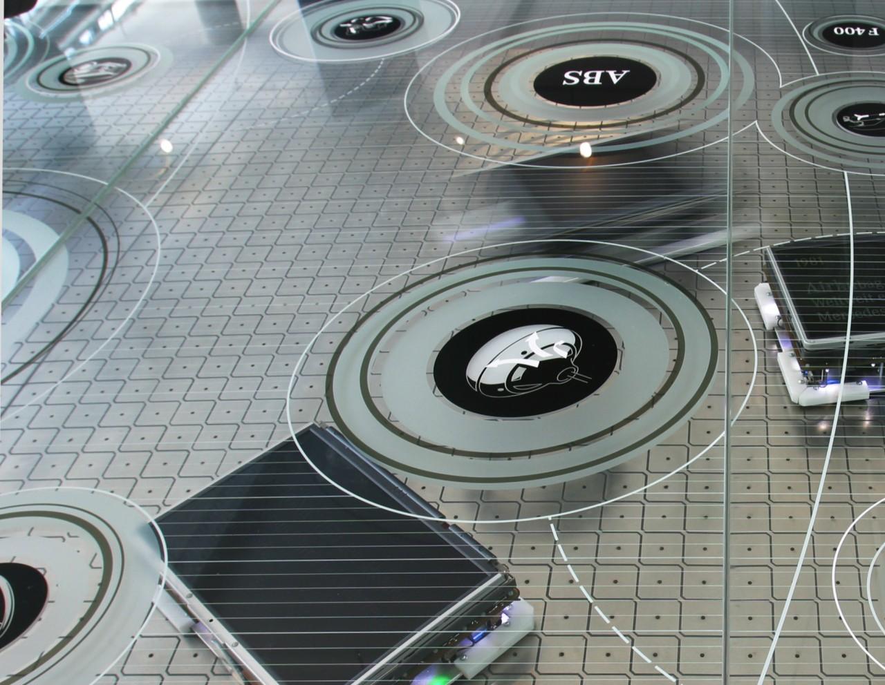 Claudia Kahl - Exhibition Design Wanderausstellung für Mercedes-Benz